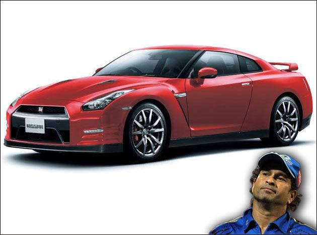 We'd all wondered why did Sachin, a car enthusiast, sell off his Ferrari 360 Modena. However, he has soon found a surrogate for the Ferrari, a Nissan GTR 530. The cost of the GTR is approximately 70 lakh Indian Rupees. Sachin recently signed a contract with BMW and we'll soon see him behind the wheel of some enviable Beemers as well.