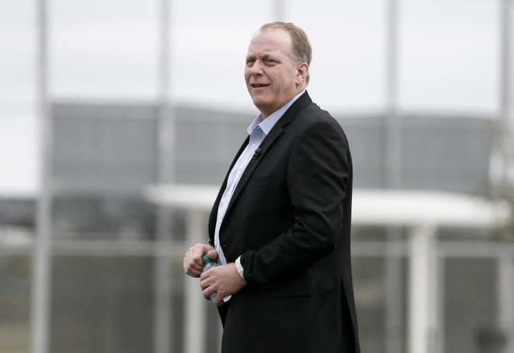 Curt Schilling was left calling for assistance when his trailer carrying supplies to Texas broke down on Saturday. (AP)