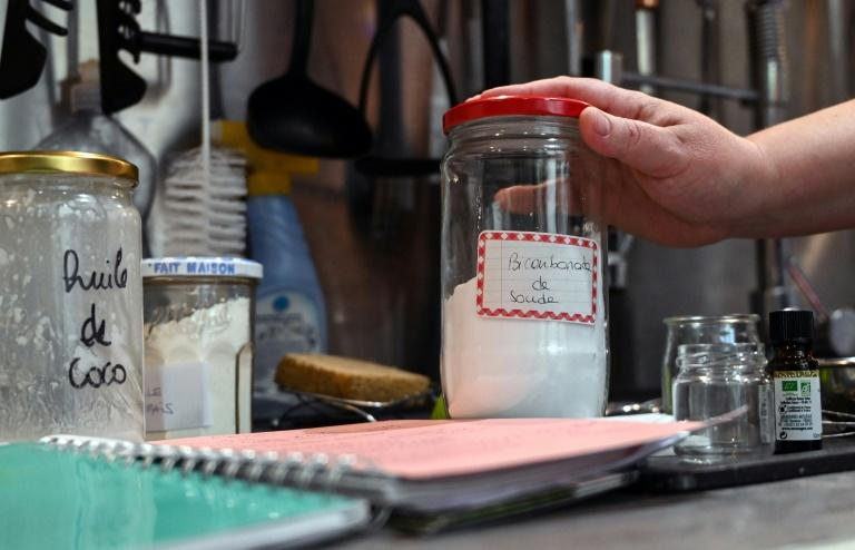 Deleporte makes her own dishwashing liquid, shampoo, toothpaste, yoghurt and cosmetics (AFP Photo/DENIS CHARLET)