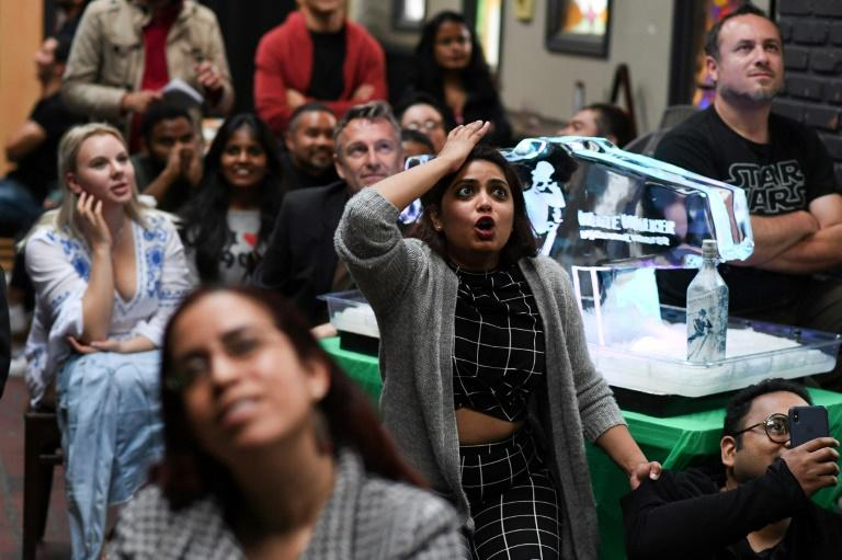 "Fans react as they watch HBO's ""Game of Thrones"" series finale at a viewing party at Brennan's bar in Marina del Rey, California (AFP Photo/Robyn Beck)"