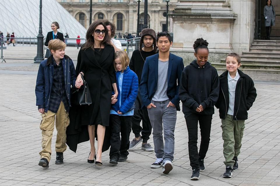 Angelina Jolie and her kids visit the Louvre. (Photo: Getty Images)