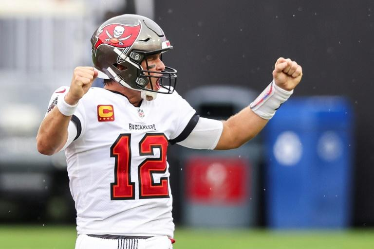 Brady throws five TDs as Buccaneers rally, Burrow gets first NFL win