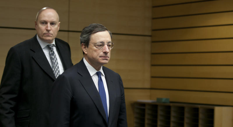 """ECB: Crisis eases, """"no room for complacency"""""""