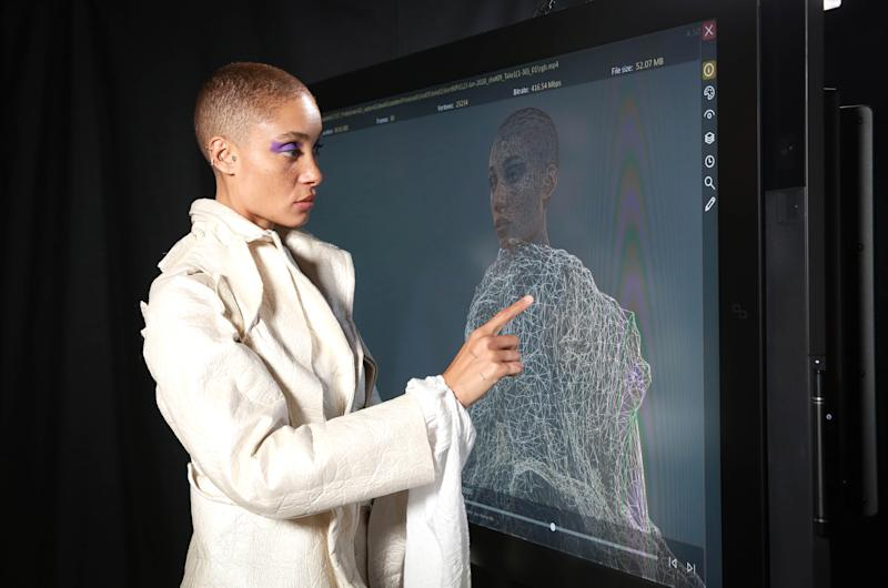 Model Adwoa Aboah