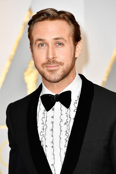 Ryan Gosling Single Handedly Made 80s Prom Tuxes Cool Again During The Oscars Red Carpet