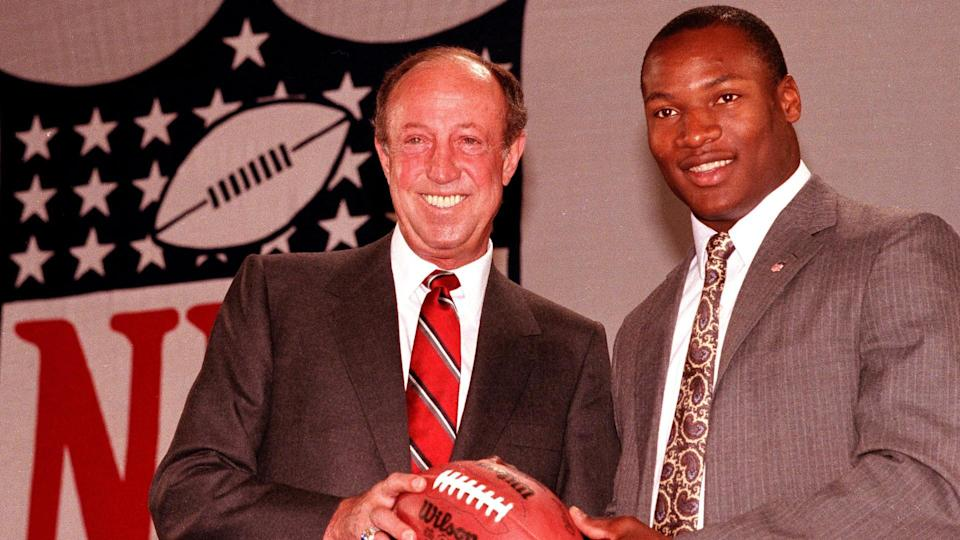 Mandatory Credit: Photo by RICHARD DREW/AP/Shutterstock (6030660a)National Football League Commissioner Pete Rozelle, left, stands with Auburn running back Bo Jackson after he was chosen first in the NFL draft in New York by Tampa BayBO JACKSON NFL DRAFT, NEW YORK, USA.