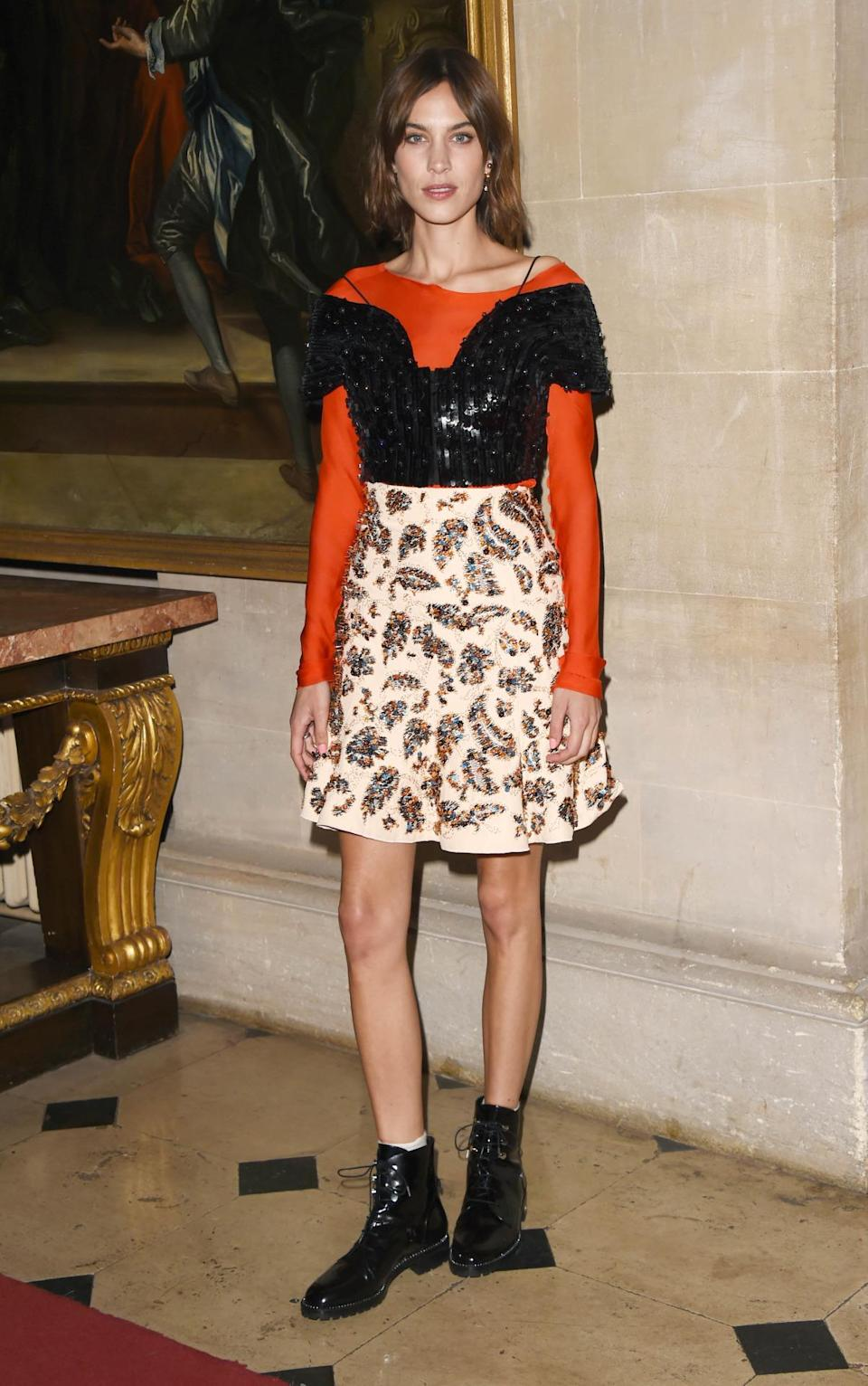 <p>Alexa Chung really can do no wrong. The style icon rocked up to the Dior Cruise 2017 show at Blenheim Palace looking as on point as always in an outfit that anyone else would've looked awful in. We need to know her secret, pronto. <i>[Photo: Getty Images]</i></p>