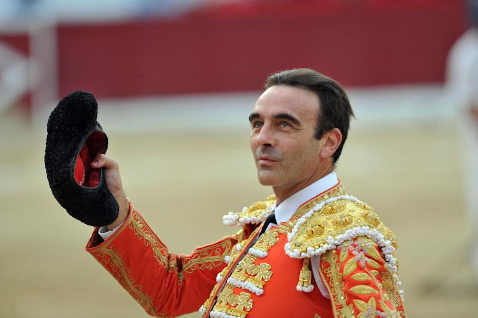 COLMENAR VIEJO, SPAIN - AUGUST 27:  Enrique Ponce performs during Bullfighting Fair on August 27, 2018 in Colmenar Viejo, Spain.  (Photo by Europa Press/Europa Press via Getty Images)