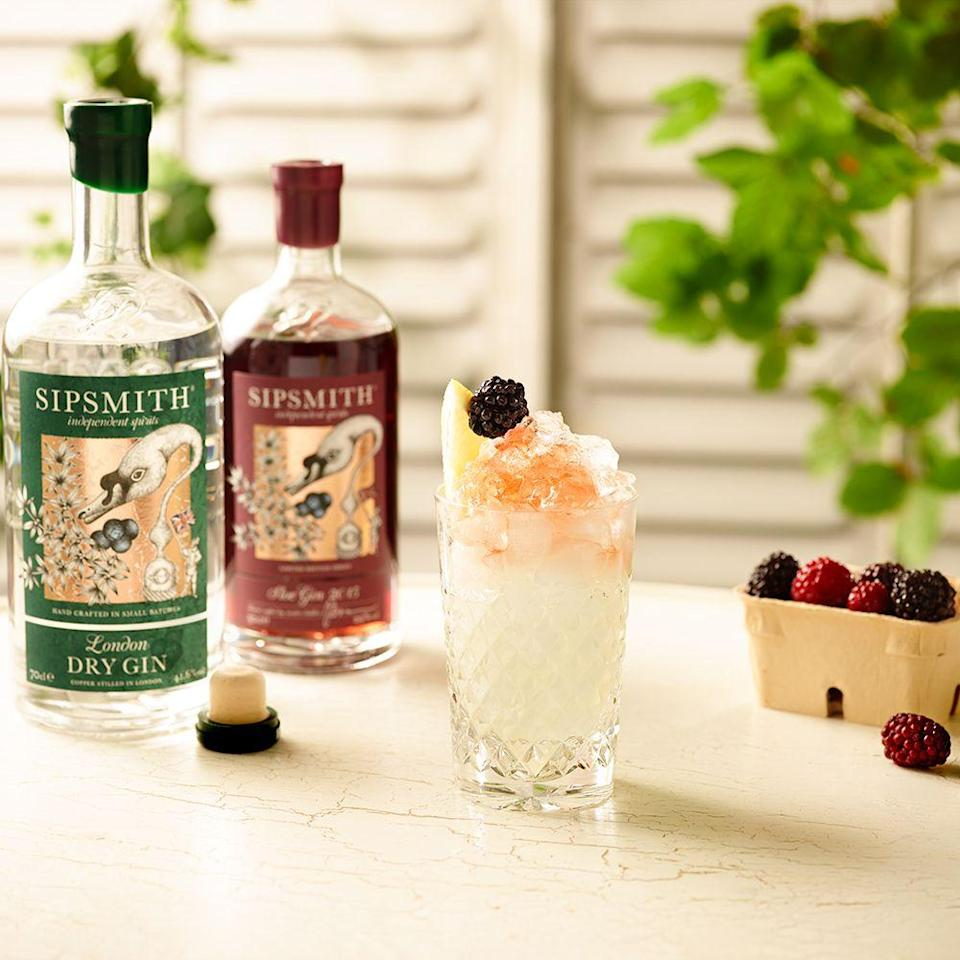 """<p><strong>What you need:</strong></p><p>40 ml <a href=""""https://www.amazon.co.uk/Sipsmith-London-Dry-Gin-70/dp/B004EAIWMA/ref=sr_1_1_s_it?s=grocery&ie=UTF8&qid=1523973583&sr=1-1&keywords=sipsmith&tag=hearstuk-yahoo-21&ascsubtag=%5Bartid%7C1925.g.554057%5Bsrc%7Cyahoo-uk"""" rel=""""nofollow noopener"""" target=""""_blank"""" data-ylk=""""slk:Sipsmith London Dry Gin"""" class=""""link rapid-noclick-resp"""">Sipsmith London Dry Gin</a></p><p>10ml Sugar Syrup</p><p>20ml Fresh Lemon Juice</p><p>20ml <a href=""""https://www.amazon.co.uk/Sipsmith-Sloe-Gin-Liqueur-50/dp/B004JNOZA0/ref=sr_1_1_s_it?s=grocery&ie=UTF8&qid=1523973614&sr=1-1&keywords=sipsmith+sloe+gin&tag=hearstuk-yahoo-21&ascsubtag=%5Bartid%7C1925.g.554057%5Bsrc%7Cyahoo-uk"""" rel=""""nofollow noopener"""" target=""""_blank"""" data-ylk=""""slk:Sipsmith Sloe Gin"""" class=""""link rapid-noclick-resp"""">Sipsmith Sloe Gin</a></p><p>Crème de mûre to float</p><p><strong>Method: </strong></p><p>Build in a Rocks glass with cube ice and stir</p><p>Top with crushed ice</p><p>Drizzle over Sloe gin or Crème de mûre for the float</p><p>Garnish with a blackberry.<br></p>"""