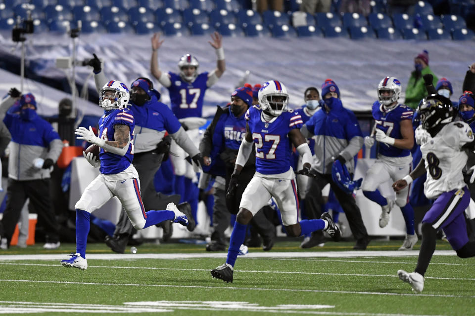One Lamar Jackson mistake turned into a 14-point swing for the Bills. (AP Photo/Adrian Kraus)