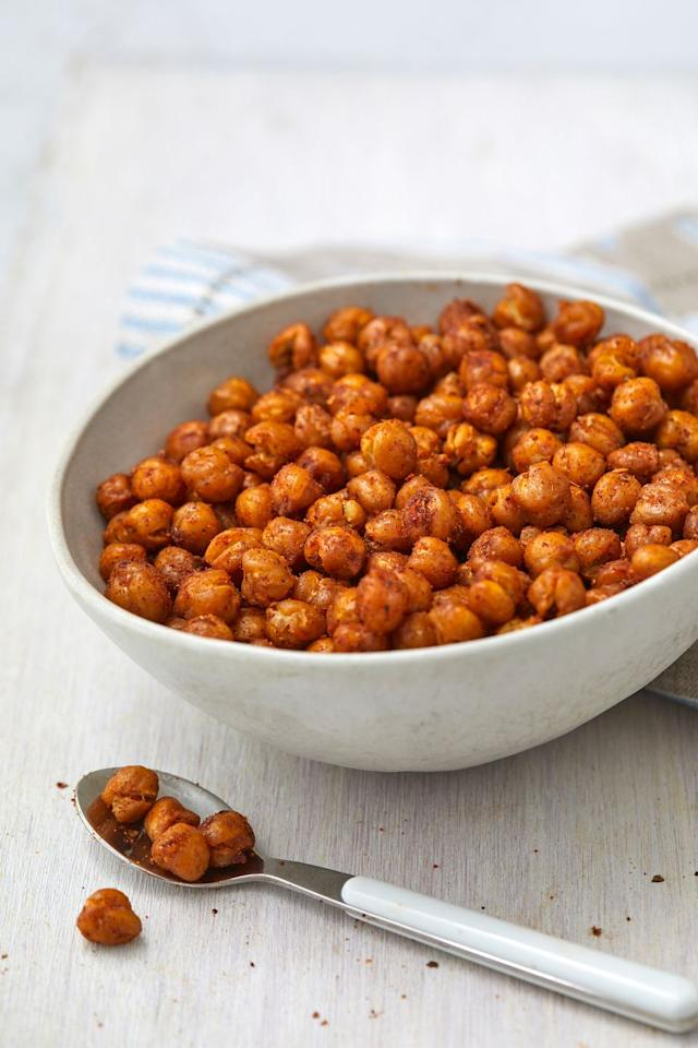 """<p>These are SO crispy.</p><p>Get the recipe from <a href=""""https://www.delish.com/cooking/recipe-ideas/a32292000/roasted-chickpeas-recipe/"""" target=""""_blank"""">Delish</a>.<br></p>"""