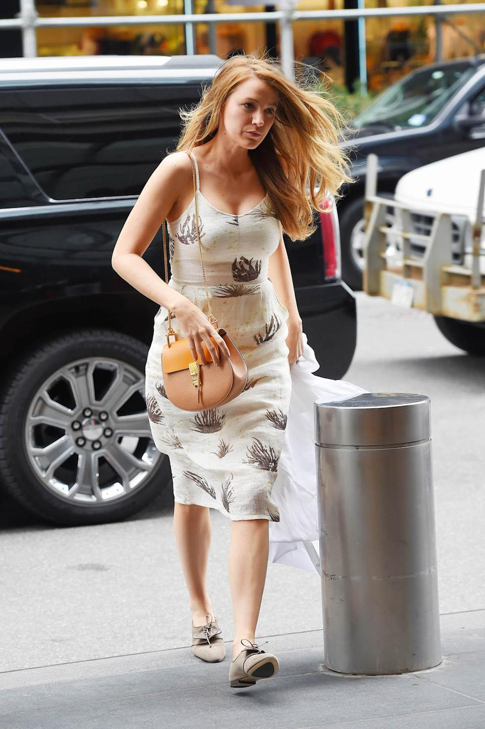 <p>Blake Lively carrying the Chloé Drew bag. (Photo: Getty Images) </p>