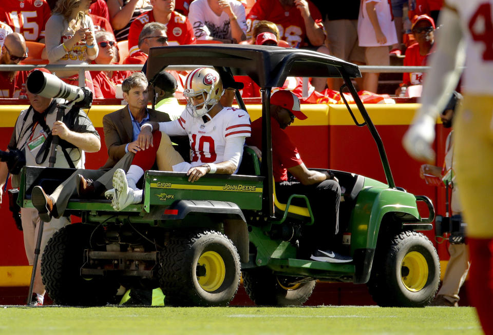 """Tests confirmed that <a class=""""link rapid-noclick-resp"""" href=""""/nfl/teams/san-francisco/"""" data-ylk=""""slk:San Francisco 49ers"""">San Francisco 49ers</a> quarterback <a class=""""link rapid-noclick-resp"""" href=""""/nfl/players/27590/"""" data-ylk=""""slk:Jimmy Garoppolo"""">Jimmy Garoppolo</a> suffered a torn ACL on Sunday against the <a class=""""link rapid-noclick-resp"""" href=""""/nfl/teams/kansas-city/"""" data-ylk=""""slk:Kansas City Chiefs"""">Kansas City Chiefs</a>. (AP)"""