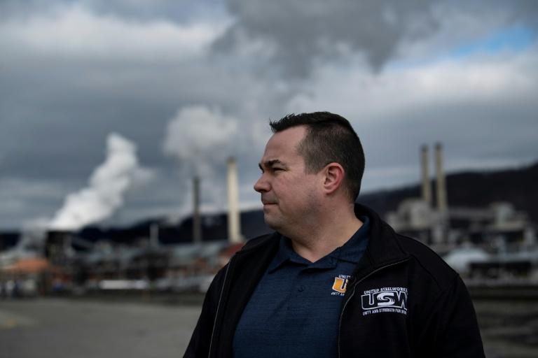 Union leader Don Furko faces a delicate task in the US election -- the United Steelworkers went all in for Donald Trump's rival Hillary Clinton in 2016, but there was so much dissent that it has promised to poll members this time around (AFP Photo/Brendan Smialowski)