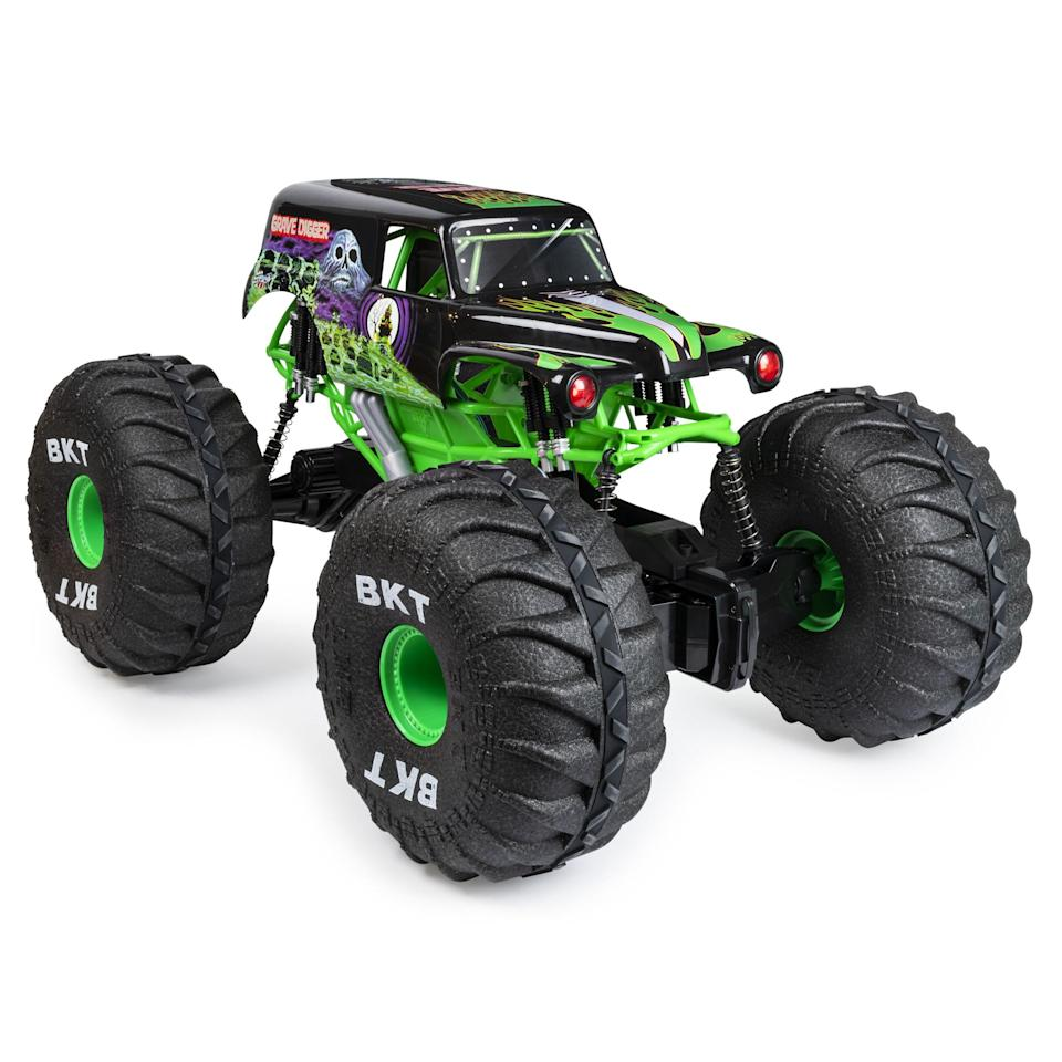 """<p><strong>Monster Jam</strong></p><p>walmart.com</p><p><strong>$84.00</strong></p><p><a href=""""https://go.redirectingat.com?id=74968X1596630&url=https%3A%2F%2Fwww.walmart.com%2Fip%2F573843077&sref=https%3A%2F%2Fwww.goodhousekeeping.com%2Fchildrens-products%2Ftoy-reviews%2Fg29385769%2Fbest-toys-gifts-for-6-year-old-boys%2F"""" rel=""""nofollow noopener"""" target=""""_blank"""" data-ylk=""""slk:Shop Now"""" class=""""link rapid-noclick-resp"""">Shop Now</a></p><p>Testers were impressed with <strong>how easy it was for kids to control </strong>this remote controlled Grave Digger truck, despite its enormous size. And yet, it's so lightweight that it didn't matter if someone accidentally ran over a foot. It was also great at driving over obstacles. <em>Ages 4+</em><br></p>"""