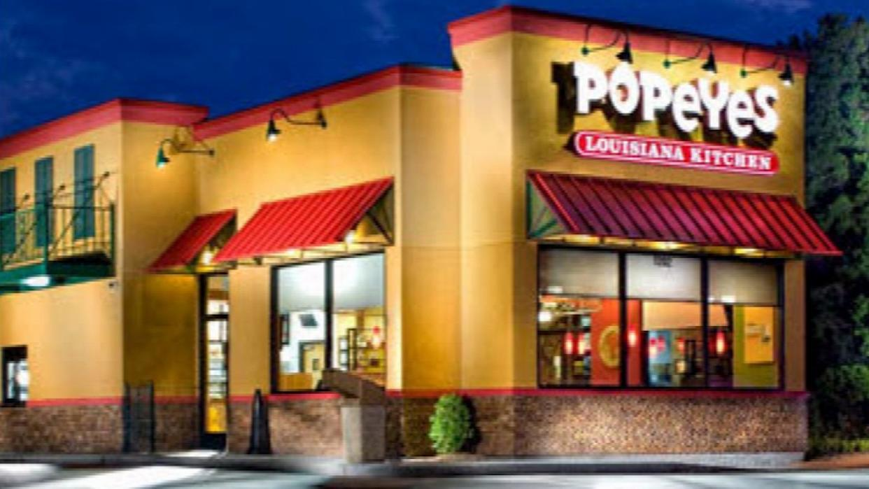 Man Gets Job at Popeye's After Nabbing Robber During His Interview