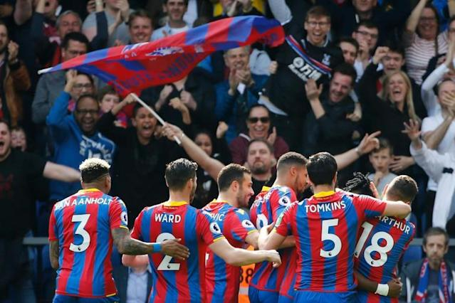 Watford vs Crystal Palace LIVE latest score: Premier League 2017-18 goal updates, TV and how to follow online, team news and line-ups at Vicarage Road