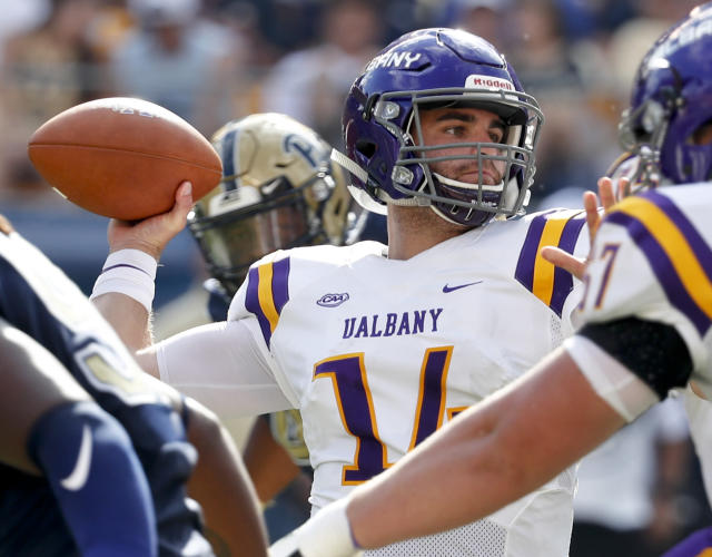 The Buccaneers have signed rookie quarterback Vincent Testaverde, the son of Vinny Testaverde, the team's top draft pick in 1987. (AP)