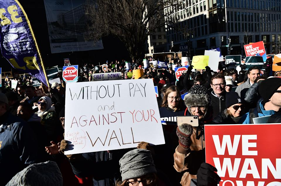 Union workers demonstrate against the government shutdown on Jan. 10, 2019, in Washington, D.C. (Photo: Nicholas Kamm/AFP/Getty Images)