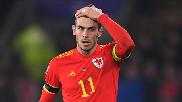 Former Blancos president Ramon Calderon believes the end is nigh for the forward in Spain, with too many bridges being burned at the Santiago Bernabeu