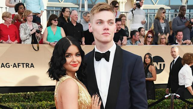 Ariel Winter Defends Levi Meaden After