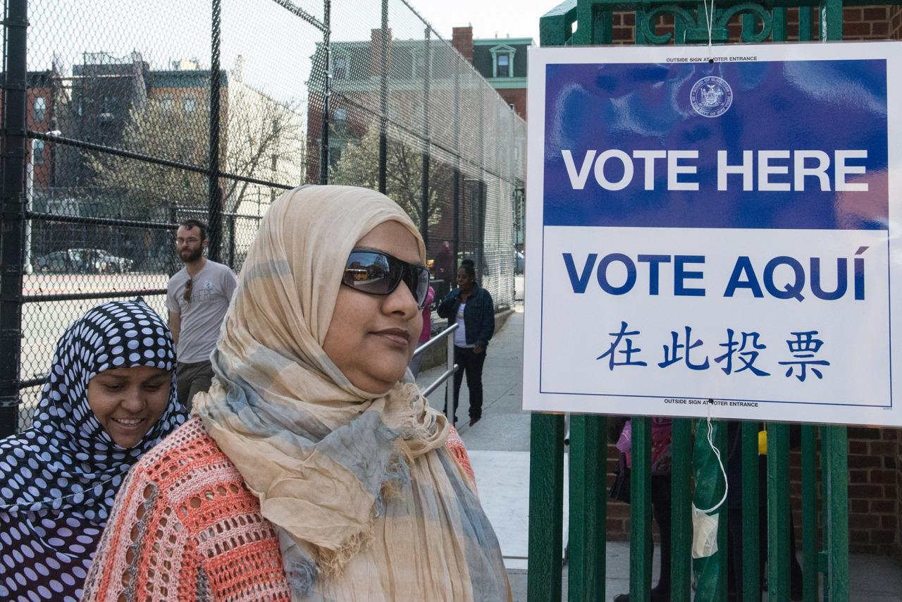 muslim single women in port clinton Clinton has won white married women by a 57 to 42 percent  that ended a republican winning streak dating to  loudoun is also home to significant muslim, .