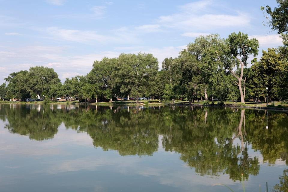"<p><strong>Tell us all about this place.</strong><br> Throngs of Denver's most active denizens flock to Washington Park—or ""Wash Park,"" as it's called—to take advantage of one of the city's best outdoor spaces. Manicured rose gardens, two lakes, and large, open, grassy areas are go-to spots for a short stroll, boat rides, or a quick volleyball game. A paved car-free street provides lanes for bikes, strollers, and rollerbladers, while a 2.3-mile gravel path on the park's exterior is a shady oasis for runners of all skill levels.</p> <p><strong>Any standout features or must-sees?</strong><br> The historic boathouse next to Smith Lake offers paddle boats and group bike rentals in the summer, and families shouldn't miss the sprawling, brand-new playground on the north side of Grasmere Lake. For amateur botanists, the Mount Vernon Garden is a peaceful getaway, complete with plants, benches, meandering paths, and a water view.</p> <p><strong>How about the logistics: Was it easy to park, and easy to get around?</strong><br> Parking is the biggest challenge; expect the lots off of Franklin and Downing streets to fill up quickly. Plentiful street parking is available, and once you're in the park, the paths are well-marked and easy to follow. Picnic tables can also be scarce on busy weekends, so bring a blanket and opt for a shady spot under a tree.</p> <p><strong>All said and done, what—and who—is this best for?</strong><br> Athletic types and yoga pants-wearing moms: Wash Park is your scene. Indoor kids who feel more comfortable in air conditioning, go elsewhere.</p>"