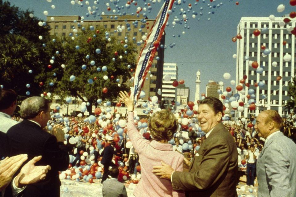 <p>After receiving the Republican nomination, Ronald and Nancy Reagan then campaigned for the presidency, here shown alongside Senator Strom Thurmond (at right). </p>