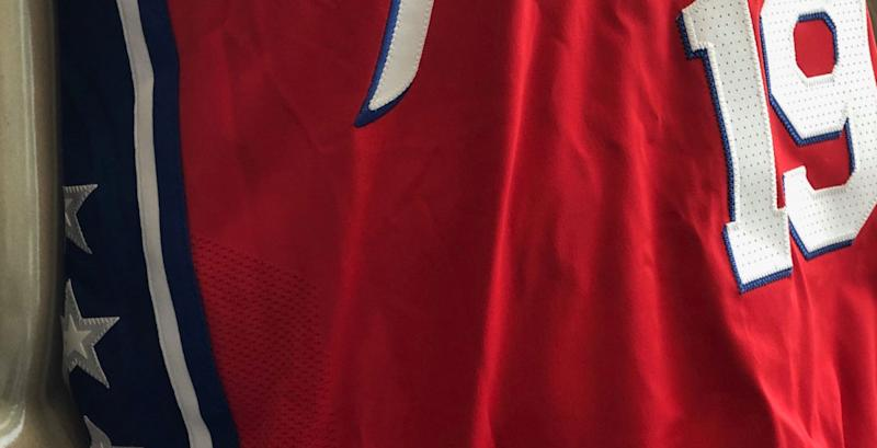 on sale 5e55f 59c28 Sixers tease new red Statement jerseys that differ from last ...