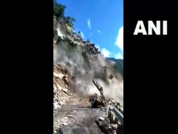 A landslide occured on the Rishikesh-Badrinath highway. (Photo/ANI)
