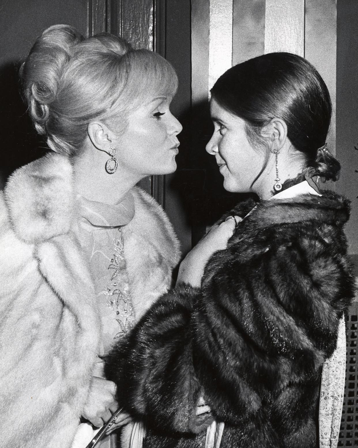 Debbie Reynolds and Carrie Fisher in New York City atthe School Benefit at Town Hall, Nov.6, 1972.