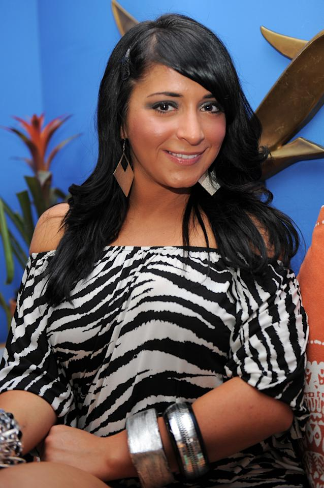 "<b>Angelina Pivarnick, ""<a href=""http://tv.yahoo.com/jersey-shore/show/45540"">Jersey Shore</a>""</b><br><br>The self-proclaimed ""Kim Kardashian of Staten Island"" (and what a honor that is!) made one of the biggest blunders in reality-TV history, walking out of the ""Jersey Shore"" house during the first season -- right before the show became a huge hit, making her housemates instant millionaires. And she even compounded the mistake by returning in Season 2, only to quit a second time. We know The Situation is annoying and all... but a few million bucks can smooth anything over."