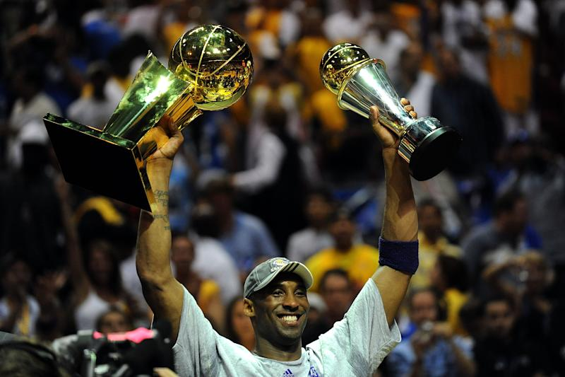 Los Angeles Lakers legend Kobe Bryant would have turned 42 years old on Sunday. (Ronald Martinez/Getty Images)