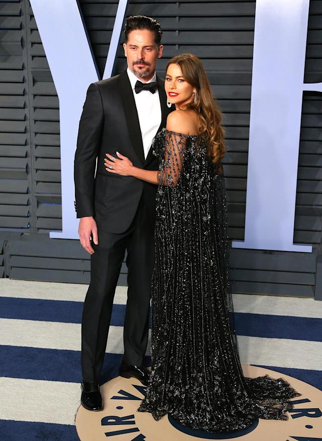 <p>Vergara joked on social media that her off-the-shoulder dress was causing her pain… but it certainly looked divine. (Photo: JEAN-BAPTISTE LACROIX/AFP/Getty Images) </p>