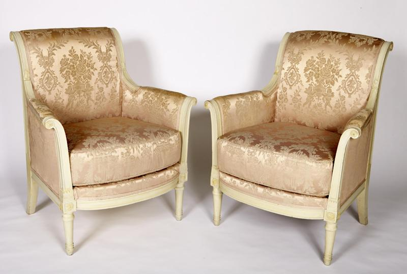 """This image provided by the John F. Kennedy Presidential Library and Museum show the chairs used by President John F. Kennedy and Soviet Premier Nikita Khrushchev and President John F. Kennedy talk in the residence of the U.S. Ambassador in a suburb of Vienna during talks on June 3, 1961. Fifty years after the Cuban missile crisis, the National Archives in Washington has pulled together documents and secret White House recordings to show the public how President John F. Kennedy deliberated to avert nuclear war. The exhibit opens Friday, Oct. 12, 2012, to recount the showdown with the Soviet Union. It is called """"To the Brink: JFK and the Cuban Missile Crisis."""" (AP Photo/John F. Kennedy Presidential Library and Museum)"""