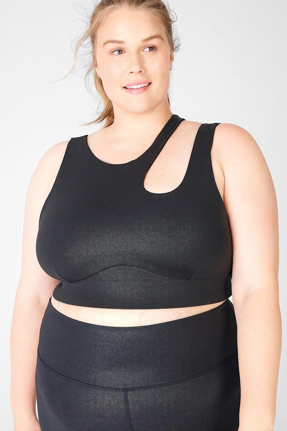 "<br><br><strong>Fabletics</strong> Callie Medium Impact Sports Bra, $, available at <a href=""https://www.fabletics.co.uk/products/CALLIE-MEDIUM-IMPACT-SPORTS-BRA-BA2044196-1195"" rel=""nofollow noopener"" target=""_blank"" data-ylk=""slk:Fabletics"" class=""link rapid-noclick-resp"">Fabletics</a>"