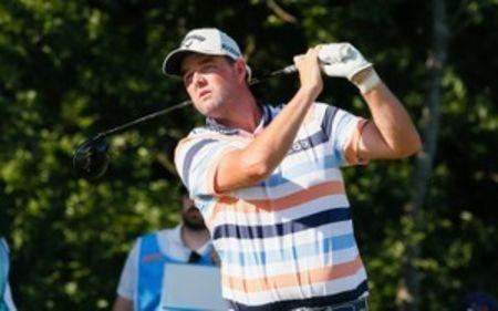 Leishman breaks 36-hole record set by Tiger