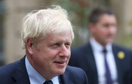 Britain to create 1 billion pound fund for clean energy technology
