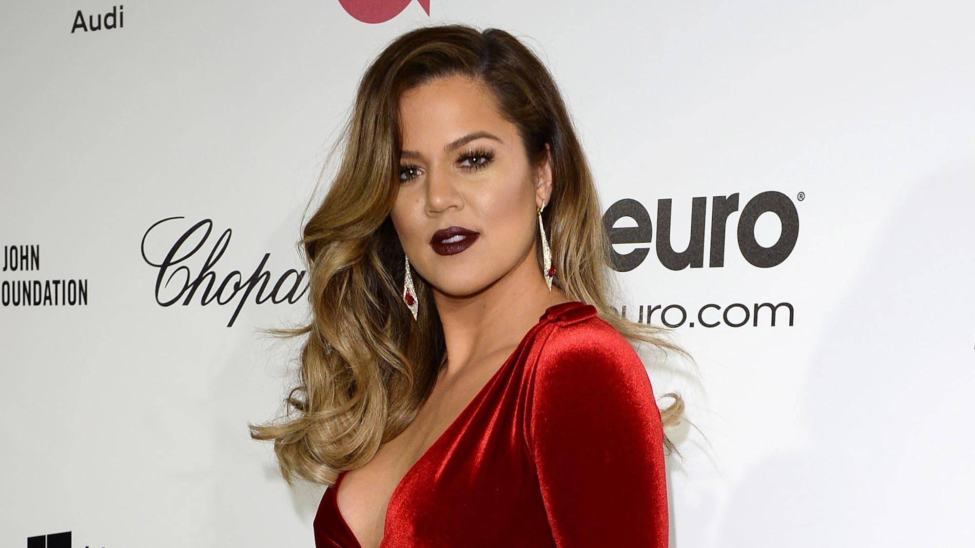 KUWTK: Khloe Kardashian 'frustrated' by Kourtney's reluctance to share love life