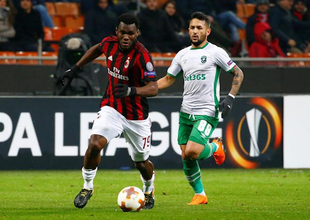 Soccer Football - Europa League Round of 32 Second Leg - AC Milan vs PFC Ludogorets Razgrad - San Siro, Milan, Italy - February 22, 2018 AC Milan's Franck Kessie in action with Ludogorets' Wanderson REUTERS/Tony Gentile