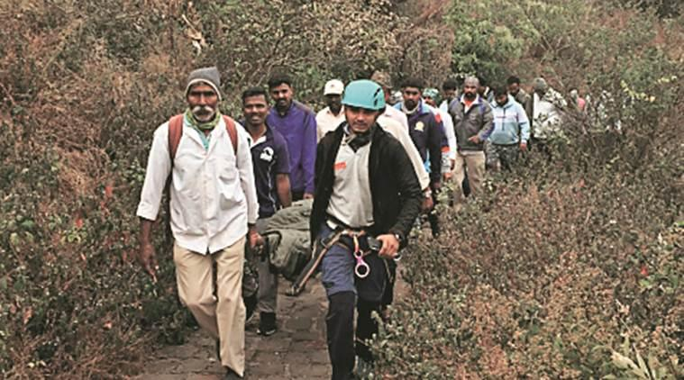 man falls from Sinhagad fort, accident at Sinhagad fort, Sinhagad fort, pune city news
