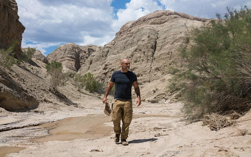Ed Stafford embarked on a race across the Aktau Mountains in Kazakhstan - Discovery.
