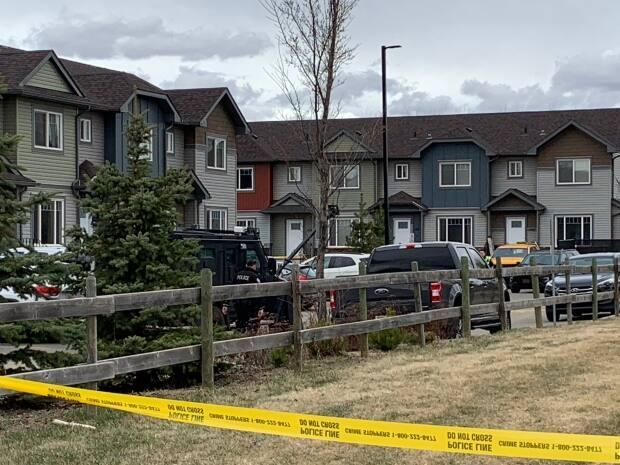 The residential complex near 125th Street and 147th Avenue where Edmonton police responded to reports of a suicidal man.  (Scott Neufeld/CBC News - image credit)