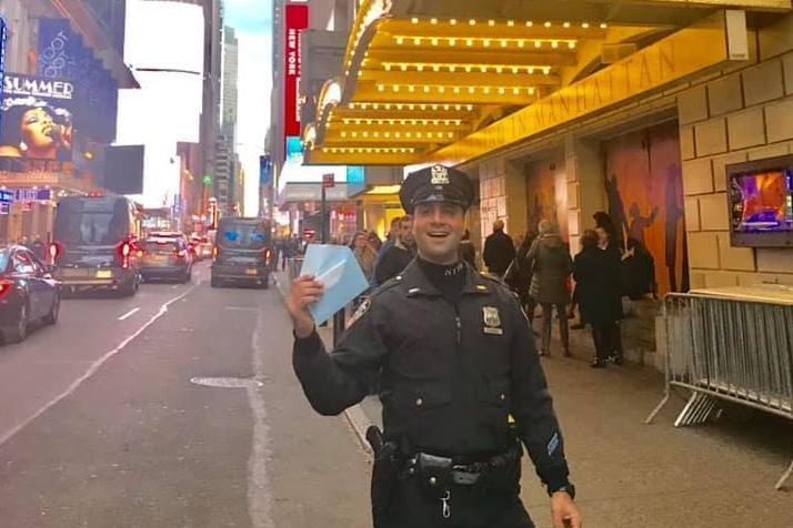 Officer DiCandia was praised for his kind actions