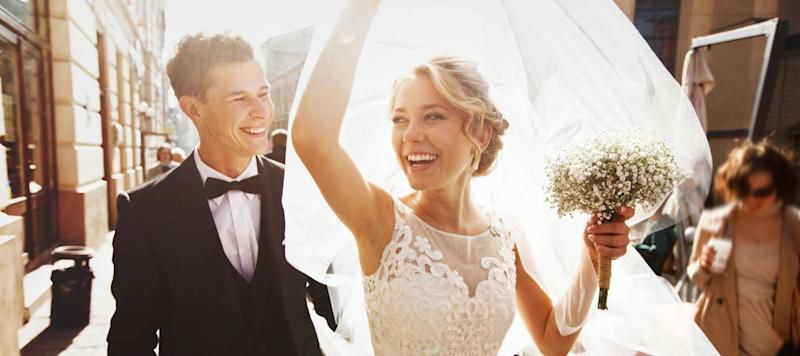 15 Unexpected Wedding Costs That You Can Avoid
