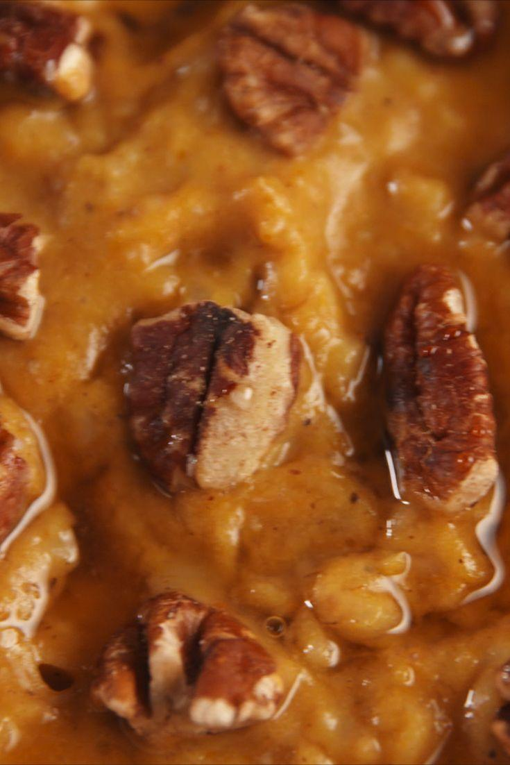 "<p>Forget lattes, this is going to be your new pumpkin spice morning pick me up.</p><p>Get the recipe from <a href=""https://www.delish.com/cooking/recipe-ideas/recipes/a55057/pumpkin-spice-slow-cooker-oatmeal-recipe/"" rel=""nofollow noopener"" target=""_blank"" data-ylk=""slk:Delish"" class=""link rapid-noclick-resp"">Delish</a>. </p>"