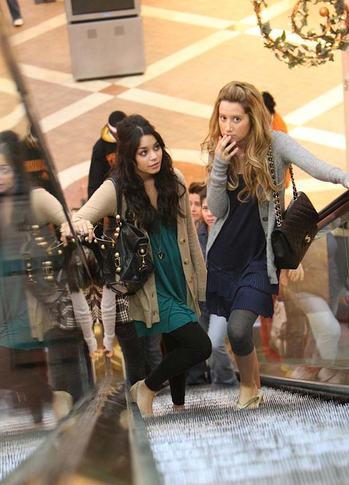 """For celebrities who couldn't get away - like Vanessa Hudgens and Ashley Tisdale - the shopping mall was the destination of choice. <a href=""""http://www.infdaily.com"""" target=""""new"""">INFDaily.com</a> - December 24, 2007"""