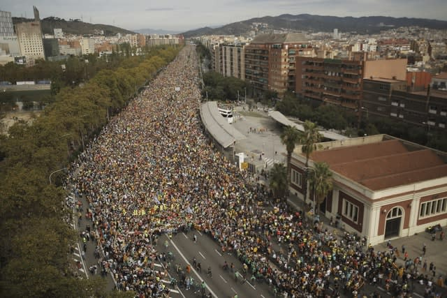 Protesters march into Barcelona