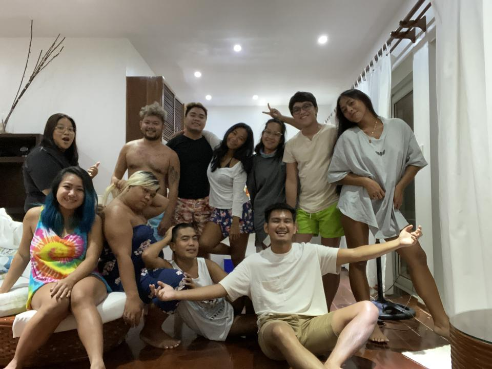 Charles Go with his old and newfound friends in Boracay.