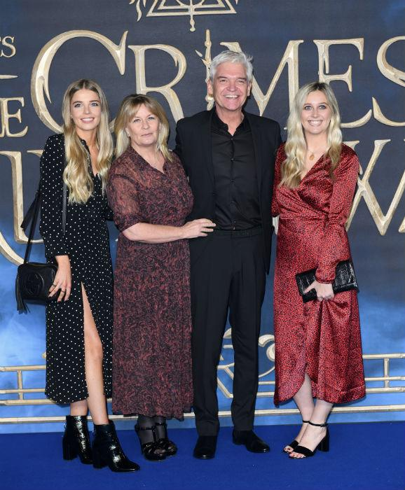 phillip-schofield-wife-daughters